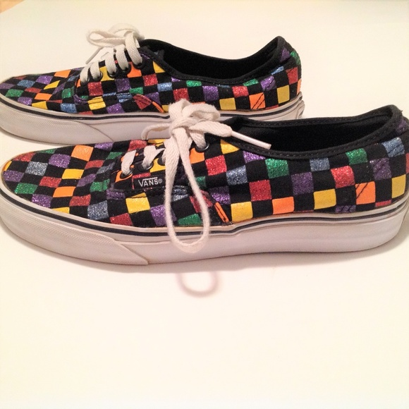 c3e4ce44c1c Vans shoes multicolor men women in awesome condit poshmark jpg 580x580 Awesome  shoes vans